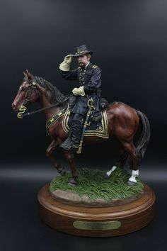 BG Joshua Chamberlain, ca. Ron Tunison bronze sculpture painted by Len K. Military Figures, Military Diorama, Military Art, Art Sculpture, Bronze Sculpture, Sculptures, British Army Uniform, Civil War Art, Vintage Children Photos
