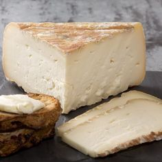 Quaderello di Bufala.  Buffalo's milk.  Soft and creamy.  Tastes like honey and mushrooms. #cheese