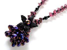 黒花一輪キラキラビーズネックレス  #カザリ咲色 #ビーズ #ビーズフラワー #ビジュー #ハンドメイド #コサージュ #手作り #手芸 #アクセサリー #コスチュームジュエリー #bead #beads #bijou #beading #beadedflower #beadswork #beadwork #beadsph #bijoux #beaded #biser #necklace #handmade