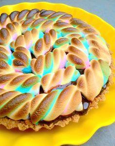 Torta S'mores (base de biscoito com chocolate e marshmallow)