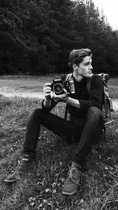 NOW WHO'S THIS SWEETIE WITH A CAMERA? LET'S GO HIKE AND TAKE PHOTOS IN THE FOREST. ❤