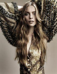 Kim Noorda by Alique for Elle Nederland September 2006. #fashion #photography #femalephotographers