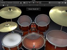 9 Things You Didn't Know About GarageBand For iPad.  ♫ Click through to read more or repin for later!  ♫