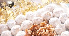 Orieškové snehové gule - dôkladná príprava krok za krokom. Recept patrí medzi tie najobľúbenejšie. Celý postup nájdete na online kuchárke RECEPTY.sk. Ale, Recipes, Food, Christmas, Xmas, Ale Beer, Essen, Navidad, Noel