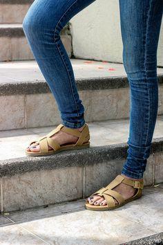 Lo mejor parte desde hoy, disfruta al máximo con tu mejor sandalia. City Mall,Plaza Mayor,Malecón2000 además de Shopping Milagro y Quevedo. #Ecuador #PrimeroEcuador