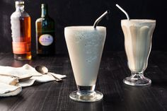 Inspired by Abby Sciuto, a milkshake cocktail recipe with bourbon and stout.Inspired by Abby Sciuto, Chief Forensic Scientist on the CBS seriesNCIS. Three Ingredient Recipes, Whiskey Recipes, Milkshake Recipes, Milkshakes, Recovery Food, Halloween Cocktails, Juice Drinks, What's For Breakfast, Cocktail Making