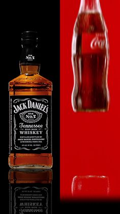 Try the official drink recipe for Jack and Coke Classic. Jack and Coca-Cola Classic - 2 oz Jack Daniels Old No. 7 - Top with Coke Party Drinks Alcohol, Liquor Drinks, Drinks Alcohol Recipes, Non Alcoholic Drinks, Yummy Drinks, Beverages, Margarita Bebidas, Jack Daniels Distillery, Cocktail Videos