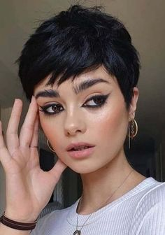 Just go through from these fantastic short pixie haircuts for gorgeous hair looks. Ladies who wanan get fresh short haircut they must see here and choose one of the amazing pixie short cut in 2020. Stylish Short Haircuts, Short Pixie Haircuts, Pixie Hairstyles, Modern Haircuts, Wedding Hairstyles, Haircut Short, Short Hair Cuts For Women, Short Hairstyles For Women, Short Short Hair