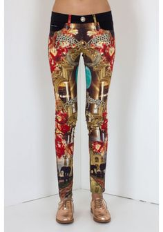 Philipp Plein - 'Holy Moly' Jeggings Art Deco | Amazing leggings with PHILIPP PLEIN prints of the season. Don´t miss this must have piece! Wear it with a long t-shirt or a light blouse and complete the look with boots or high heels, depending on the occasion.