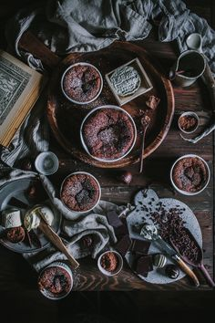 Chocolate + Goat Cheese Souffle Desserts Recipe by Eva Kosmas Flores Slow Cooker Desserts, Chocolate E Queijo, Beaux Desserts, Cheese Souffle, Dark Food Photography, Cheese Lover, Cheese Recipes, Goat Cheese, Chocolate Recipes