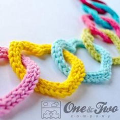 garland of colourful hearts crochet pattern