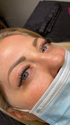 Natural Volume Lashes #wimpern #wimpernverlängerung #lashextensions #lashes #lashesonfleek #lashesfordays Beauty Loft, Thin Eyebrows, Microblading Eyebrows, Eyelash Extensions, Lashes, Instagram, Eye Brows, Lash Extensions, Sparse Eyebrows