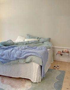 Room Ideas Bedroom, Bedroom Inspo, Bedroom Decor, Blue Bedroom, Pastel Room, Minimalist Room, Aesthetic Room Decor, Dream Rooms, Dream Bedroom