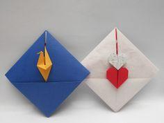 origami - sobre con forma de rombo -detalle de grulla y corazones