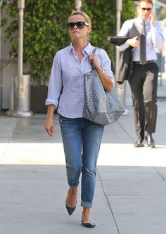 Musings of a Goyard Enthusiast: Reese Witherspoon. The St. Louis in Grey... Gimme!!!