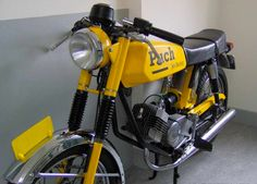 Sometimes finds like these just make you smile like a 16 year old again. A moped with the look and feel of a Caferacer that will take you a...