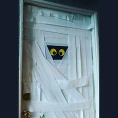 Mummy Halloween Door Design! #Halloween | My own crafts creations and what not | Pinterest | Halloween ideas & Mummy Halloween Door Design! #Halloween | My own crafts creations ...