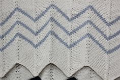 Ravelry: Project Gallery for Chevron Baby Blanket pattern by Espace Tricot