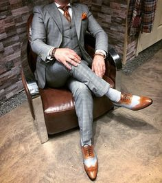 Men's Suits - This Men's suit look great! The gray windowpane pattern connects with cognac huge accessories. Sharp Dressed Man, Well Dressed Men, Socks Outfit, Designer Suits For Men, Look Man, Men's Suits, Mens Fashion Suits, Mens Suits Style, Suit And Tie