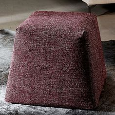 Find your pouf easily amongst the products from the leading brands (RODA, Royal Botania, CINNA, .) on ArchiExpo, the architecture and design specialist for your professional purchases. Contemporary Bean Bags, Contemporary Furniture, Royal Botania, Architecture Design, Furniture Design, Burgundy, Poufs, Luxury, Fabric