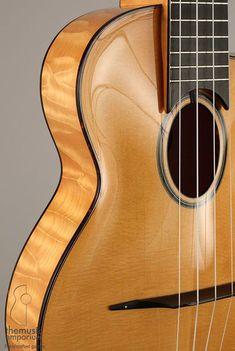 Guide to the Types and Styles of the Ukulele Ukulele Instrument, Banjo Ukulele, Cool Ukulele, Music Guitar, Playing Guitar, Archtop Guitar, Acoustic Guitars, Uke Strings, Ukulele Design