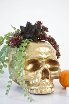 DIY Gilded Gold Skull Flower Vase