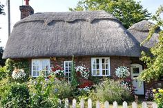 The little thatch cottage East Sussex UK Photo: Janet Sharp