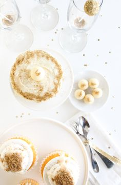 8 simple tricks for adding sparkle to your holiday table!