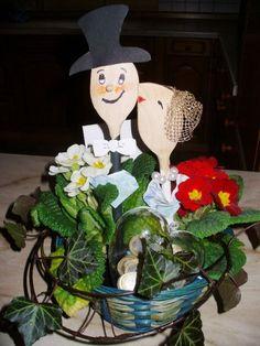 Favors Birthday, Wedding, Silver Wedding, Golden Wedding Source by Origami Money Flowers, Money Origami, Birthday Favors, Birthday Gifts, Christmas Crafts For Kids, Christmas Ornaments, Box Of Sunshine, Metal Straws, Easy Diy Crafts