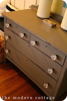 CHALK PAINT IDEAS | PAINTED FURNITURE | HOW TO PAINT FURNITURE | Color - Coco, used a poly rather than AS wax