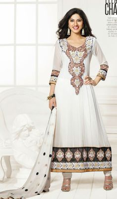 Look beautiful in white faux georgete semi stiched straight cut partywear suit. Suit features with butta embroidery on york decorated with stones. Party Wear Dresses, Party Wear Sarees, Dresses 2014, Ladies Suit Design, Churidar Suits, Salwar Kameez, Neck Designs For Suits, Suits For Women, Ladies Suits