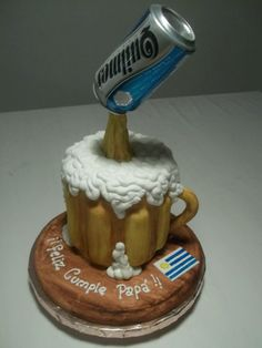 Chop Gravity Defying Cake, Gravity Cake, Cakes Originales, Bottle Cake, Crazy Cakes, Novelty Cakes, Liquor Bottles, Fondant, The Fool
