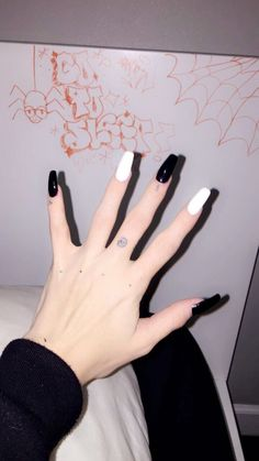 Black And White Nails Art Design Ideas 💅 Black And White Nails Art Design Ideas 💅,Nails Art Easy And Simple Nails Art Ideas You Have To Try 5 of 30 Black And White nails art nails acrylic nails nails Black Acrylic Nails, Summer Acrylic Nails, Best Acrylic Nails, Black Nails, Black Acrylics, Coffin Acrylics, Grunge Nails, Black And White Nail Art, Aycrlic Nails