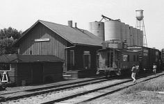 grand trunk western railroad company | Above) The Grand Trunk Western depot at North Branch, Michigan (Below ...