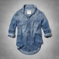 Supersoft and classic, subtle wash effect for lived-in fading, button-down closure, front pocket with moose embroidery at left chest, scoop hemline, Easy Fit, Imported<br><br>100% lyocell