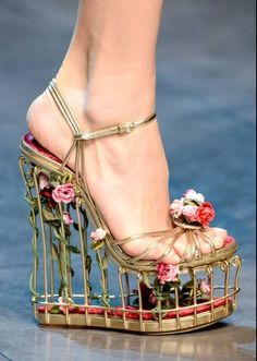 20ac478a2d6  shoes  spring  creative  flowers  highhills Dolce   Gabbana