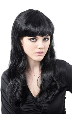Perruque noire avec frange femme   Deguise-toi 6eda388ceb8
