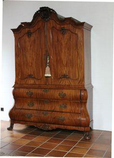Marvelous Schrank Vitrine antik Mahagoni Nussbaum barock