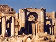 El #EstadoIslámico destruye la ciudad ancestral de Hatra