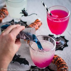 Color Changing Witches' Brew... surprise your halloween guests with this wild, color changing drink! || Low-Carb, So Simple!