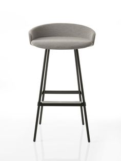 Bar And Counter Stool Design Idea 4 Bar Chairs, Bar Stools, Dining Chairs, Deck Furniture, Furniture Design, Furniture Projects, Modern Interior, Interior Design, Chaise Bar