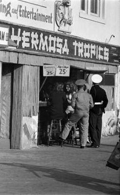 Hermosa Tropics, on Hermosa Strand early Manhattan Beach California, Southern California, Hermosa Beach, Dive Bar, Alcohol, United States, Waves, Deep, History