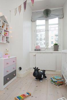 Minimalist interior design kids room effect chart greatly entire 2015 Room Inspiration, Interior Inspiration, Drawer Inspiration, Scandinavian Kids Rooms, Kids Corner, Little Girl Rooms, Kid Spaces, Kids House, Kids Decor