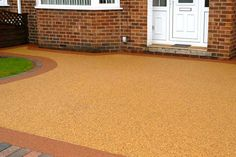 Resin bound surfacing has transformed housing developments in recent years throughout the UK. Gone are the days of using block paving or concrete to create functional driveways, paths and garden areas; now homeowners want to create an outside space which looks beautiful, is easy to maintain and stands the test of time.