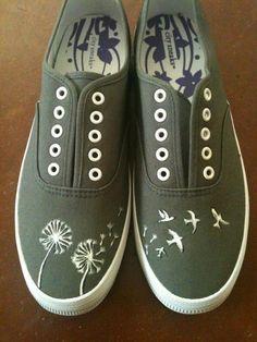 Hand Painted Shoes Dandelions and Birds by YourSoleExpression Painted Canvas Shoes, Hand Painted Shoes, Sharpie Shoes, Diy Vetement, Shoe Crafts, Shoe Art, Custom Shoes, Vans Shoes, Shoes Sandals