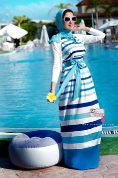 stripe maxi dress  Summer maxi dresses by 27dressez http://www.justtrendygirls.com/summer-maxi-dresses-by-27dressez/