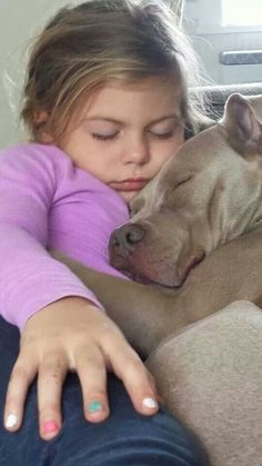 Tis is the cutest picture EVER! Dogs And Kids, Animals For Kids, I Love Dogs, Puppy Love, Cute Animals, Amor Animal, Mundo Animal, Cutest Picture Ever, Pitbulls