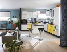 A pop kitchen Pops Kitchen, Kitchen Decor, Small Kitchen Organization, Style Deco, Piece A Vivre, Interior Decorating, Interior Design, Kitchen On A Budget, Vintage Kitchen