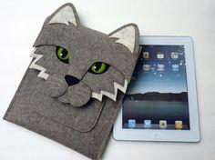 iPad 2 sleeve - Cat in natural grey designer felt
