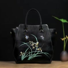 """""""Designer Inspired"""" Handcrafted Italian Leather Tote Bag https://largepurseshop.com/collections/ladies-leather-handbags/products/designer-inspired-handcrafted-italian-leather-tote-bag"""